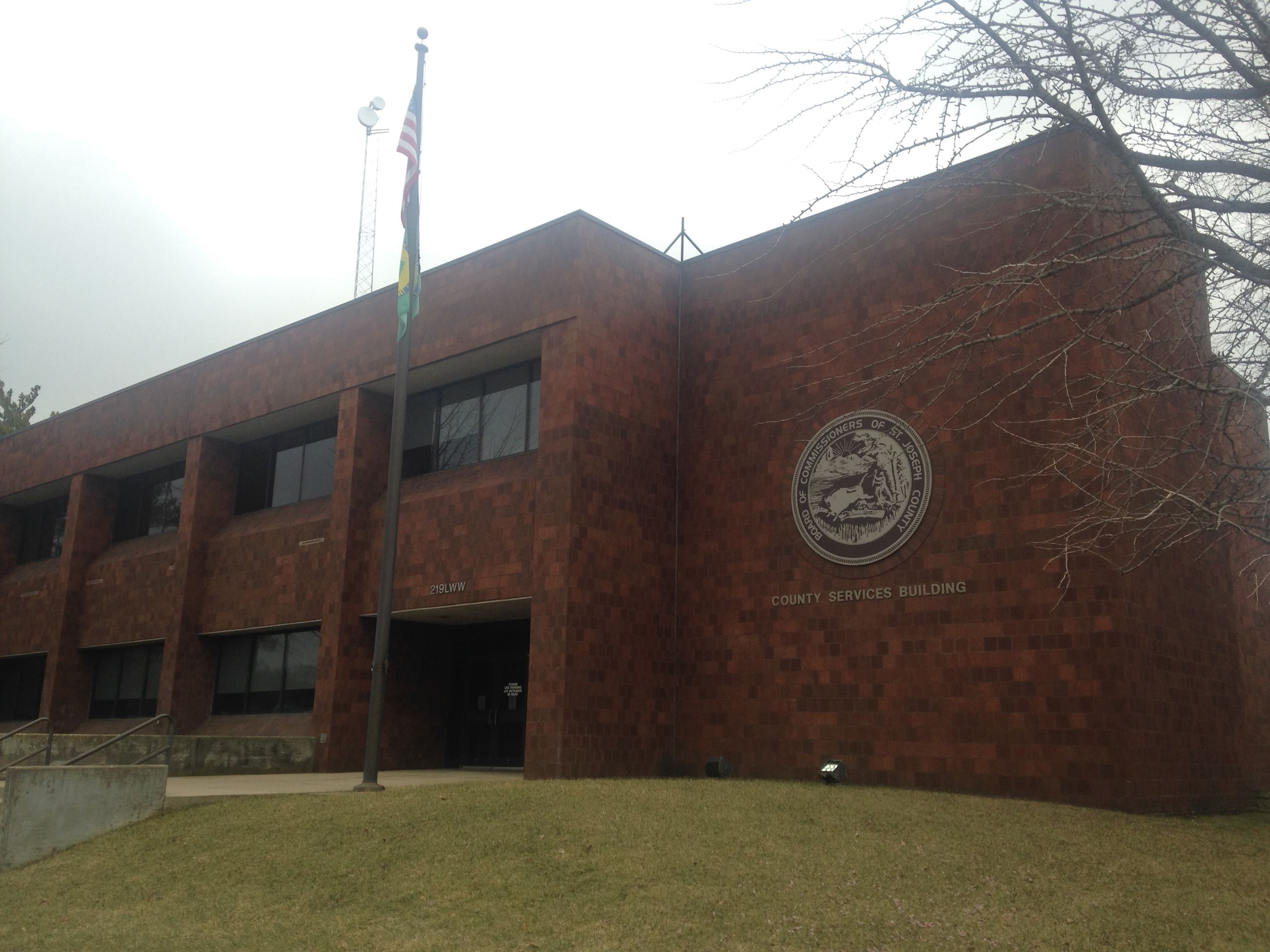 This is an image of the courthouse located in Mishawaka, Indiana
